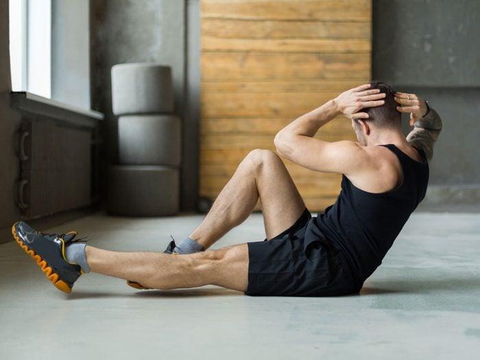 Si vous avez la grippe, des exercices légers sont bons pour le système immunitaire, mais un entraînement intensif peut aggraver votre état.
