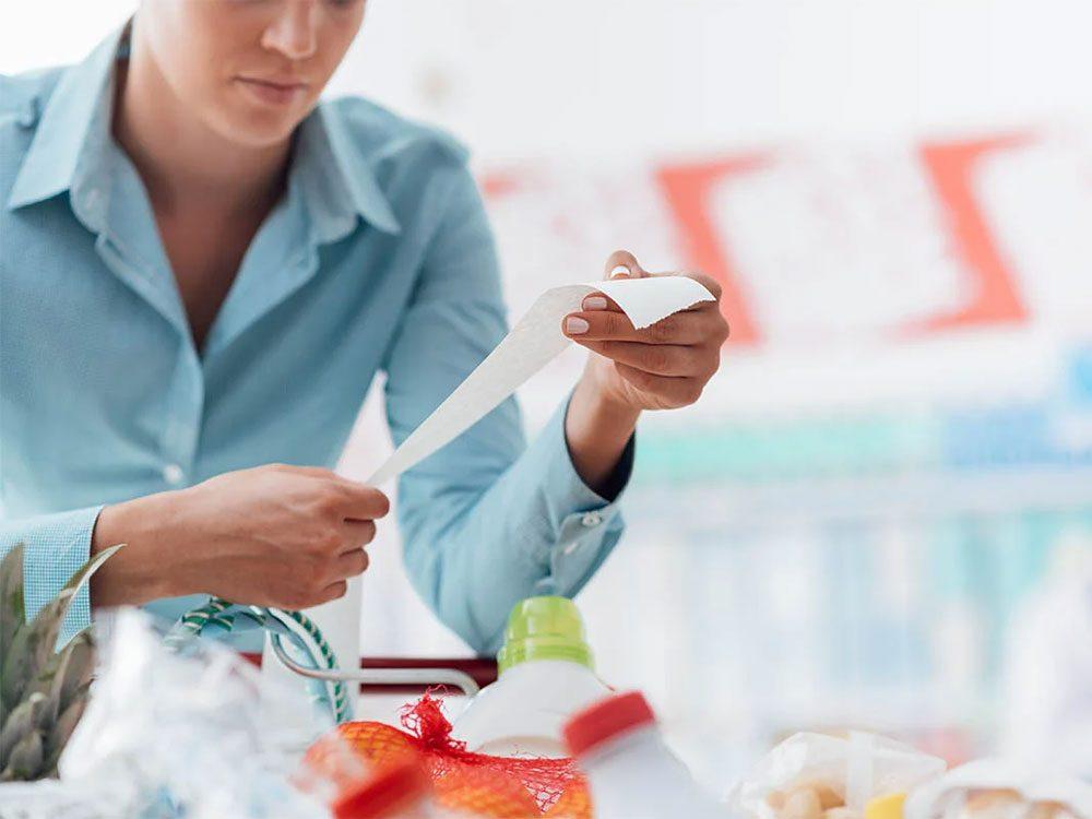 Magasinage: les épiceries et supermarchésprésument que vous ne calculerez pas le prix à l'unité.