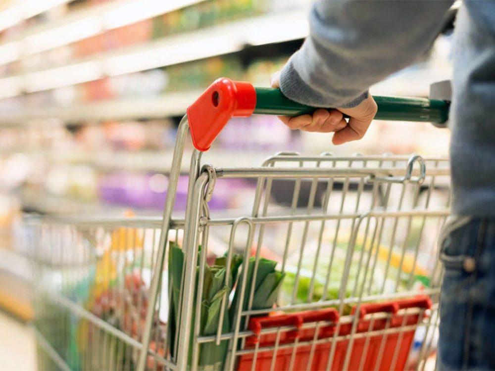 Magasinage: les épiceriesvous envoient dans un vrai labyrinthe de magasinage.