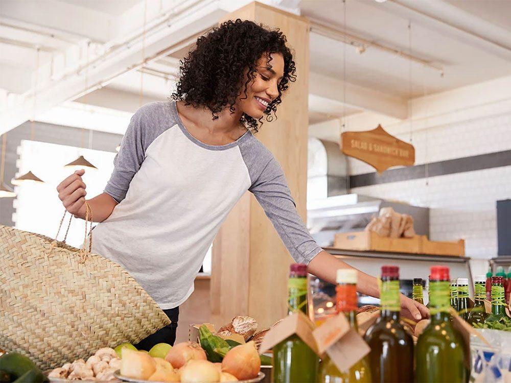Magasinage: pour vous faire dépenser plus, les vendeurs et commerçants vous attirent avec quelques articles à bas prix.