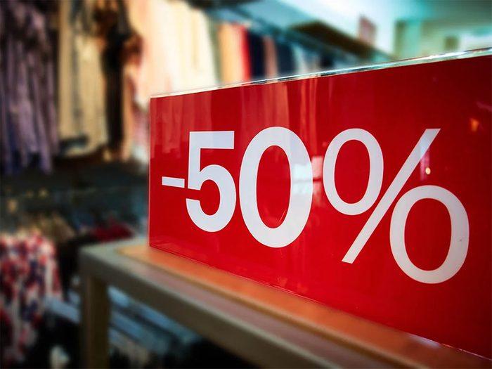 Magasinage: pour vous faire dépenser plus, lesmagasins arrondissent vos économies.
