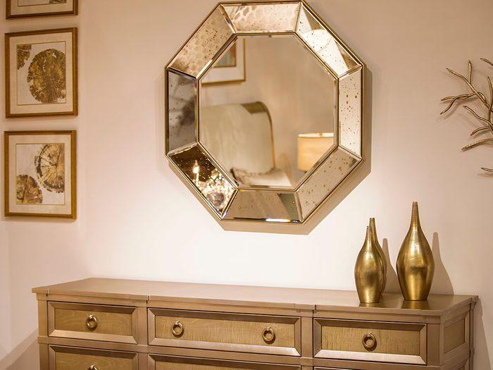 Choisissez l'option dorée pour avoir une maison lumineuse en hiver.