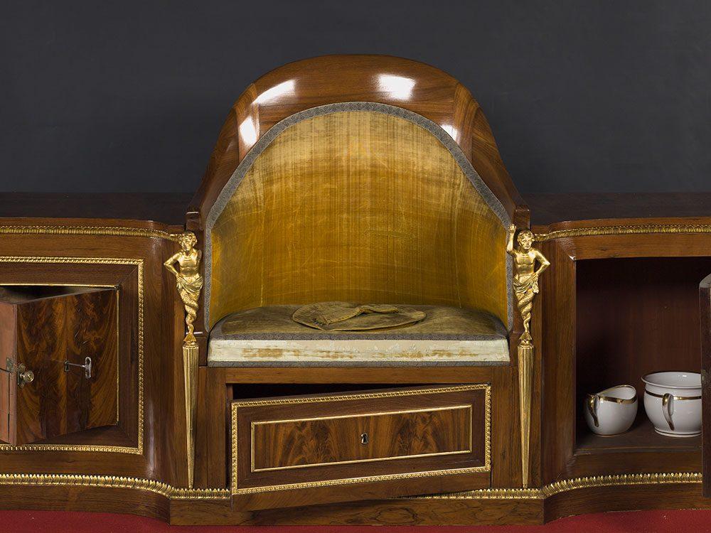 En 1828, une salle de portraits du Musée du Prado a été réservée à l'usage de la famille royale.