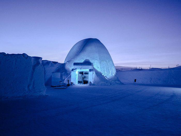Le paradoxe de l'hôtel de glace.