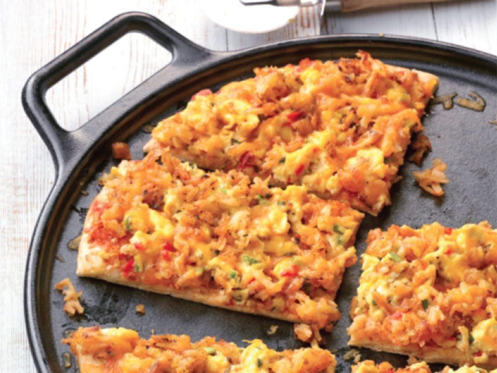Recette de pizza-déjeuner épicée.