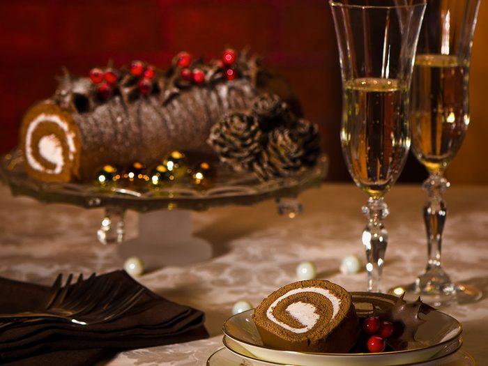 Évitez certaines remarques pendant le repas de Noël.