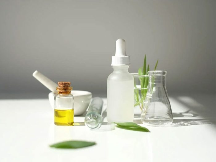 Votre nettoyant pour la peau manque de douceur et cela joue sur le vieillissement accéléré de votre corps en hiver.
