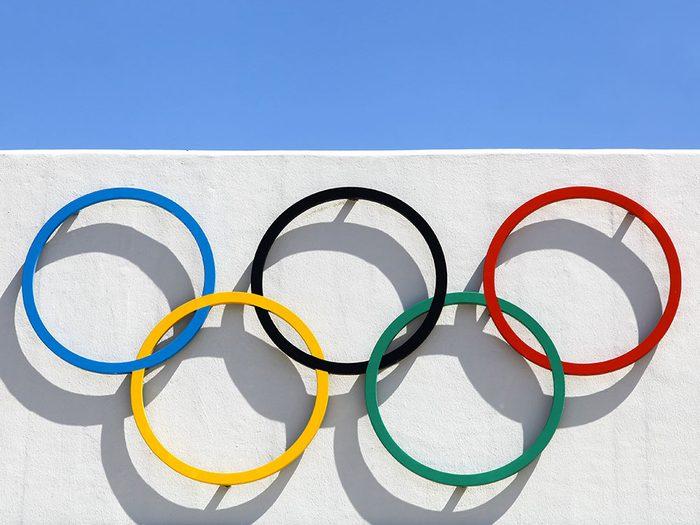 Les anneaux olympiques auront 100 ans en 2020.