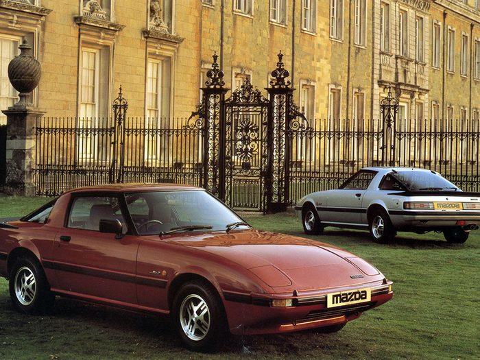 Mazda aura 100 ans en 2020.