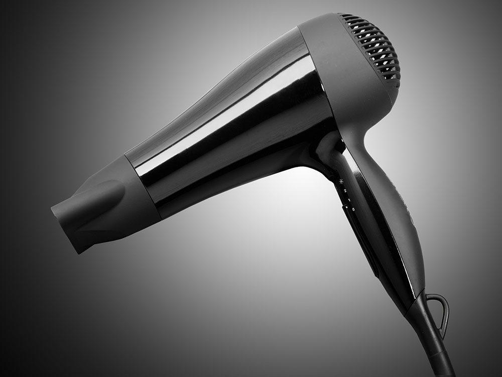 Le sèche-cheveux aura 100 ans en 2020.