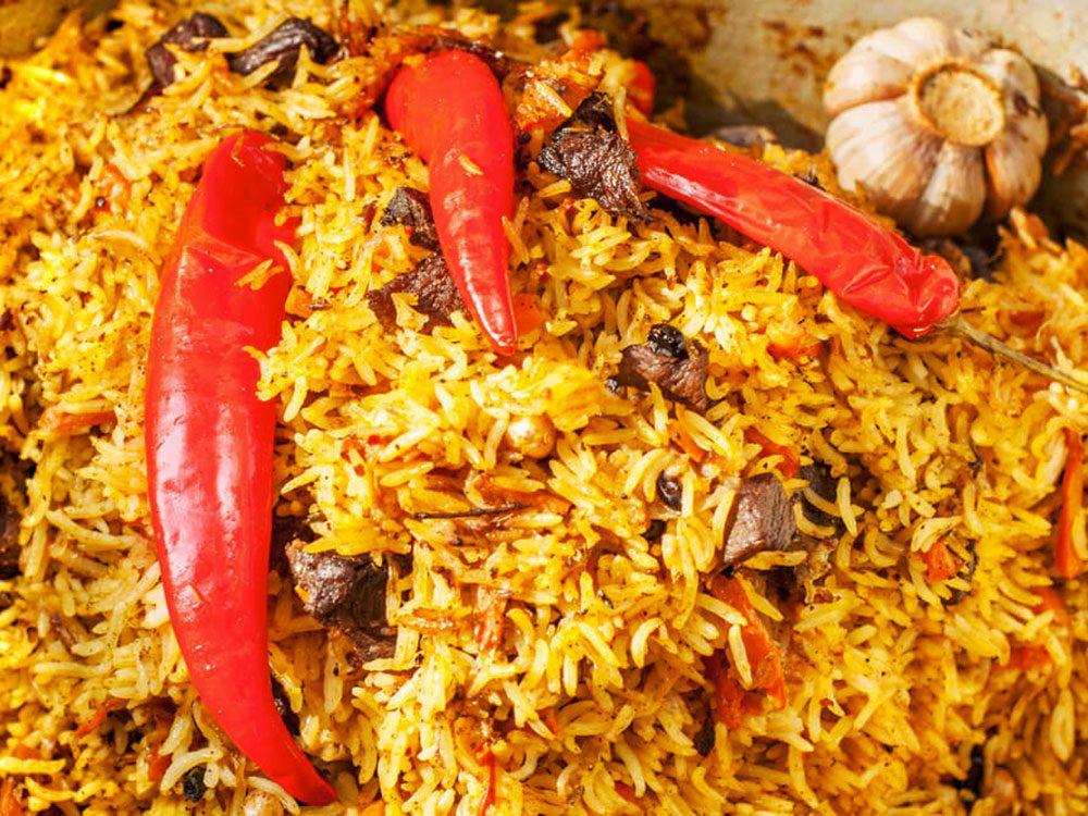 Le riz à la viande fait partie des aliments mauvais pour la santé.