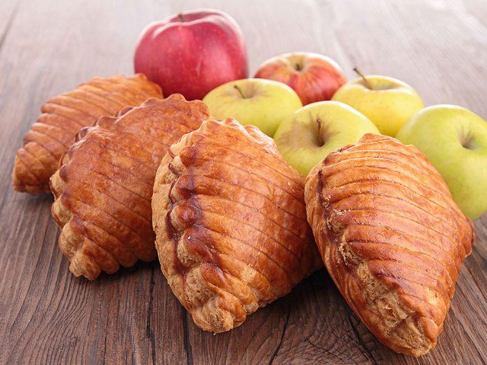 Les chaussons aux fruits sont à éviter dans le cadre d'un déjeuner équilibré.