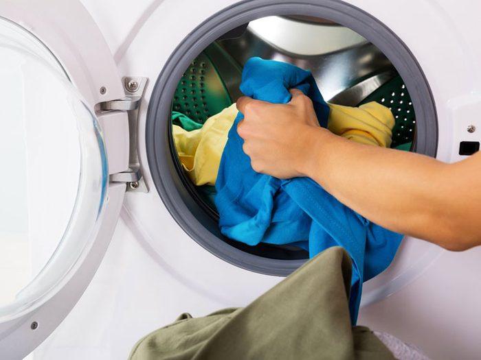 Comment prévenir les empoisonnements aux produits de lavage?