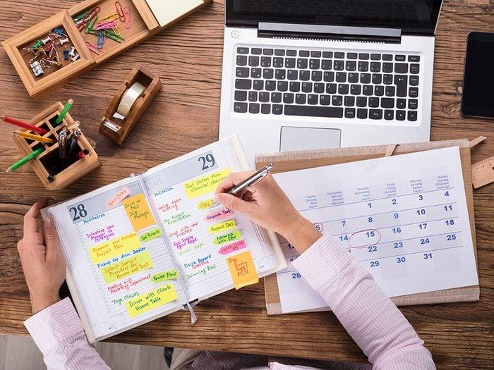 Prioriser les tâches à faire pour une meilleure organisation.