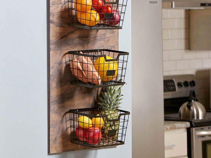 Pas de produits frais sur le comptoir pour organiser sa cuisine.