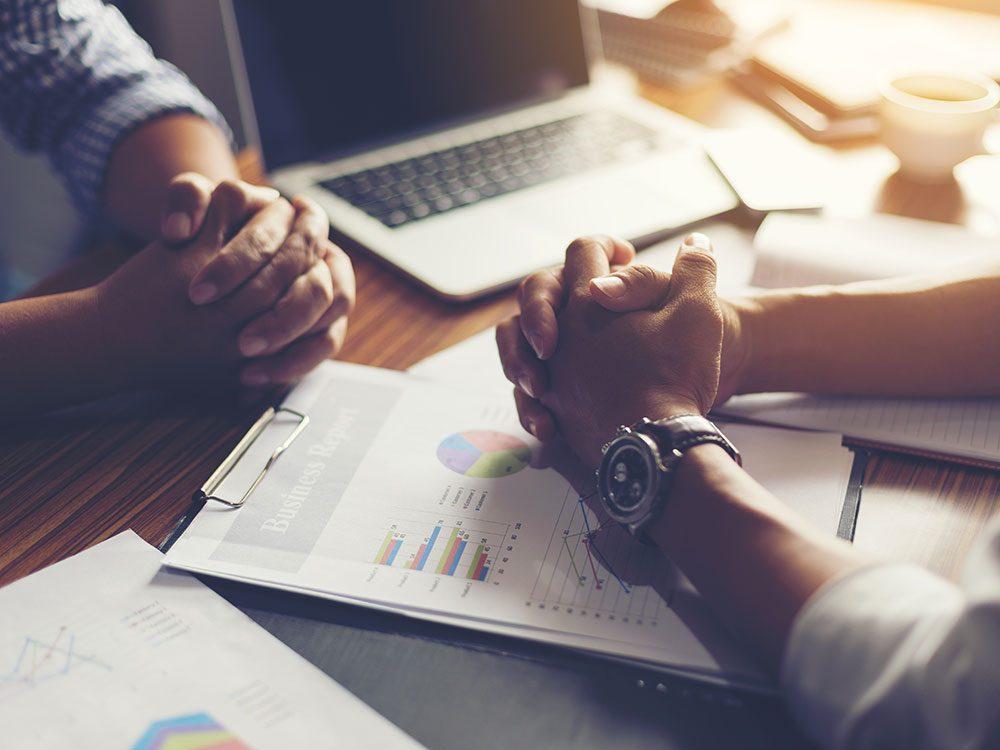 Méfiez-vous si votre planificateur financier vous promet de «faire mieux que le marché».