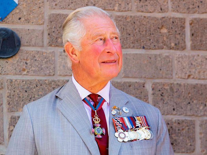 En cas d'incapacité En cas d'incapacité de la Reine, le Prince Charles deviendra régent.