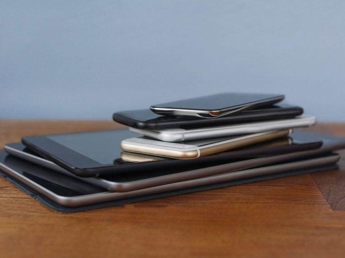 Votre téléphone est trop ancien, sa batterie se décharge trop vite.