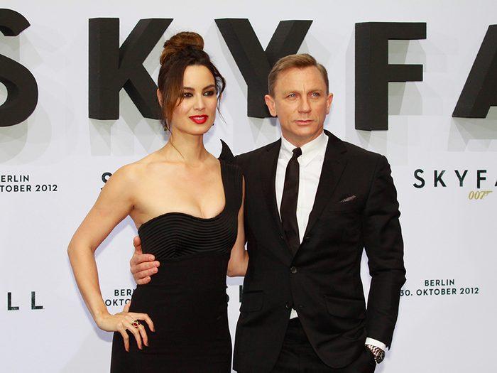 Parmi les femmes avec lesquelles James Bond a couché – elles sont plus de 40 – combien ont tenté de le tuer?