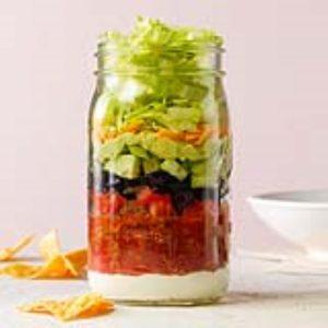 Salade de tacos dans un pot