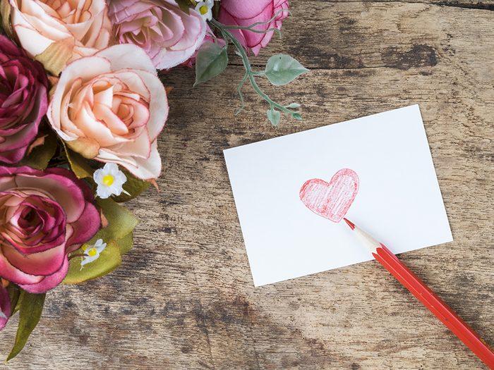 Depuis, l'écriture de cartes de Saint-Valentin est le moment privilégié pour s'échanger des messages d'amour entre partenaires, parents, enfants et amis proches.
