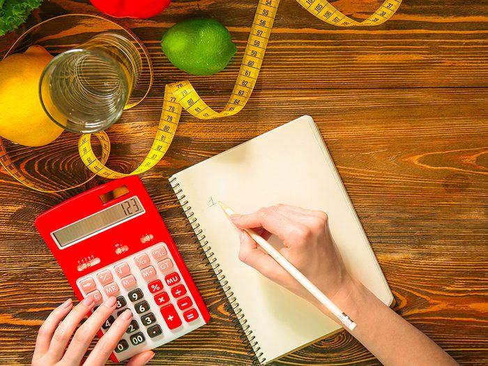 Faut-il compter les calories pour perdre durablement du poids?