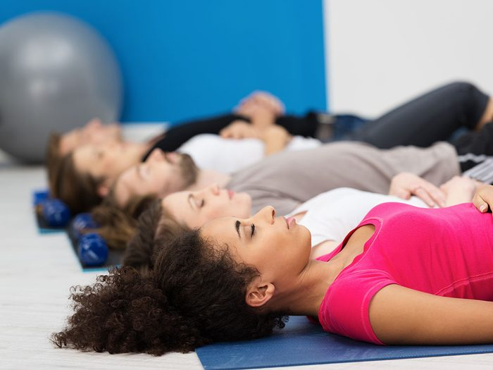 Fonctionnement des techniques de respiration contre la douleur chronique.