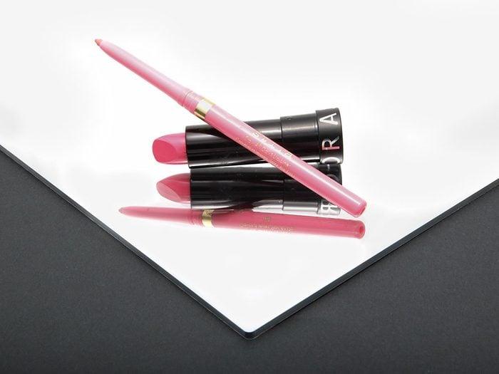 Maquillage: quoi faire pour que mes lèvres paraissent plus charnues?