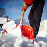 9 conseils de médecins pour pelleter la neige sans se blesser