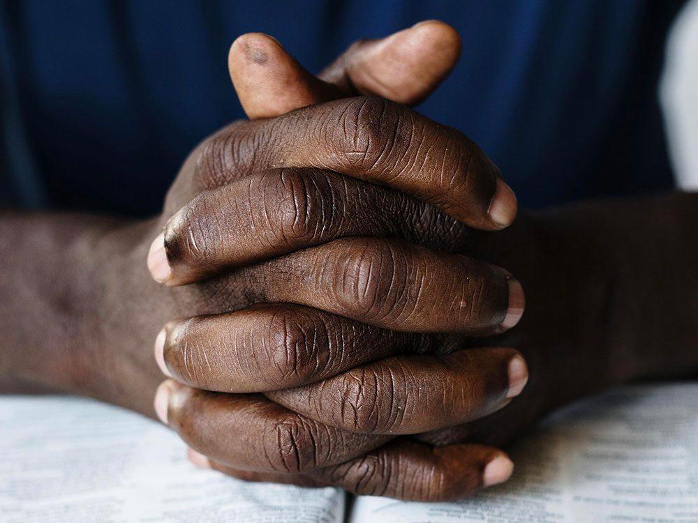 Santé mentale: comment aider les gens d'âge moyen?