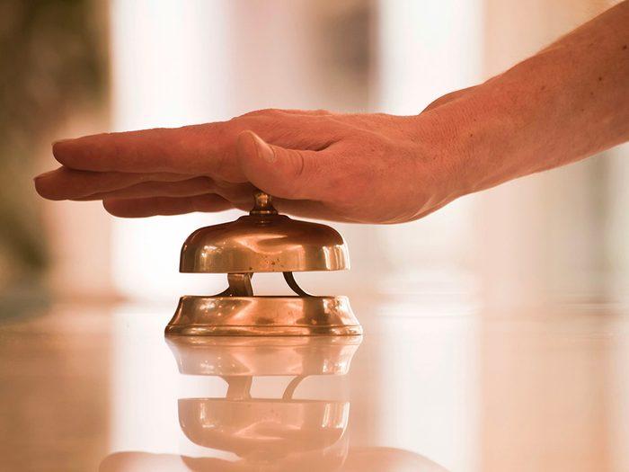 Secrets d'hôtels: la place ne vous appartient pas.