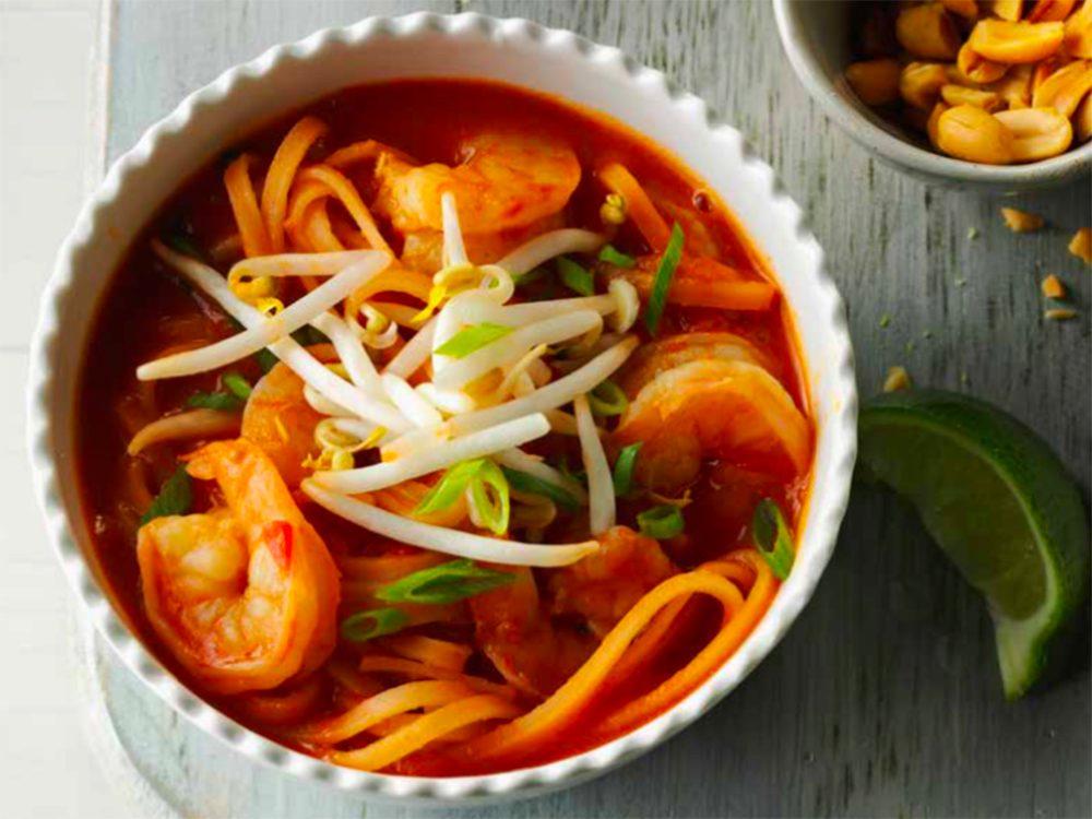 Recette de soupe Pad Thai aux crevettes.