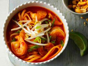 Soupe Pad Thai aux crevettes