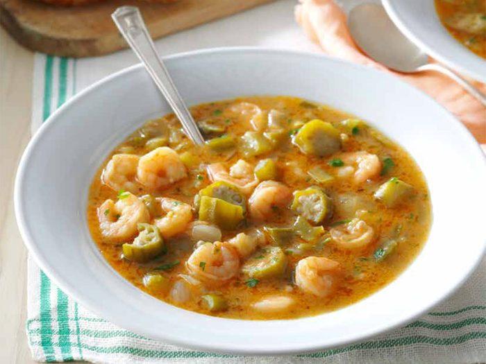 Délicieuse recette de gombo aux fruits de mer.