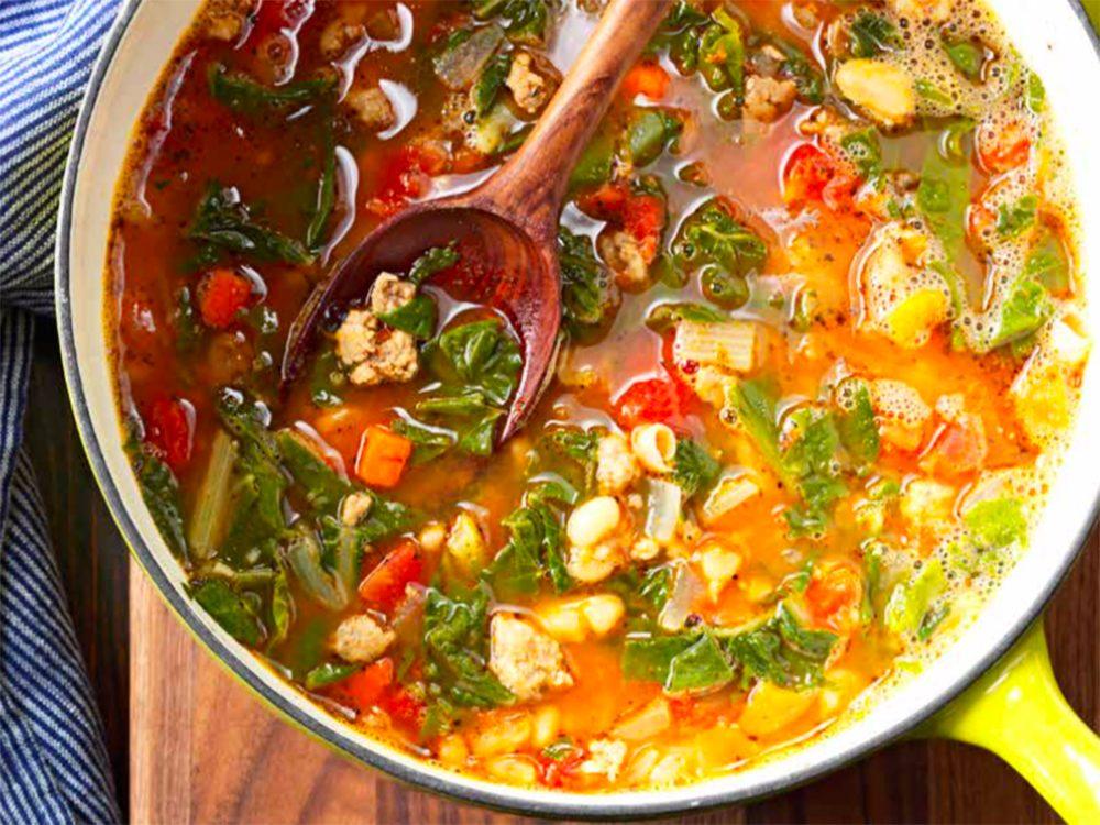 Soupe saucisse et légumes.