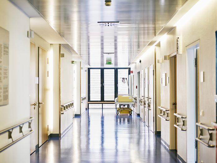 Ce que font les hôpitaux contre la COVID-19.