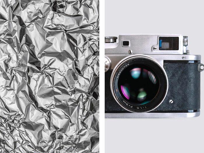 Réfléchir la lumière pour une photo avec de l'aluminium ménager.