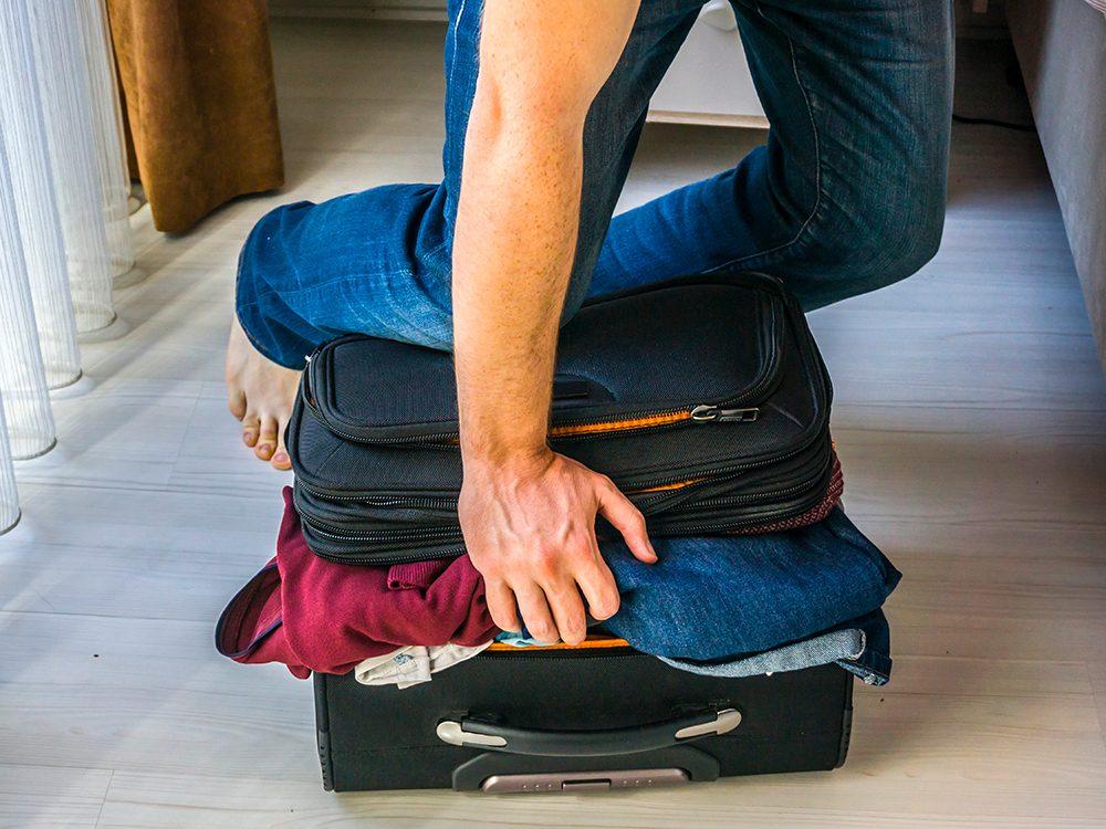 Votre valise est un nid à bactéries!