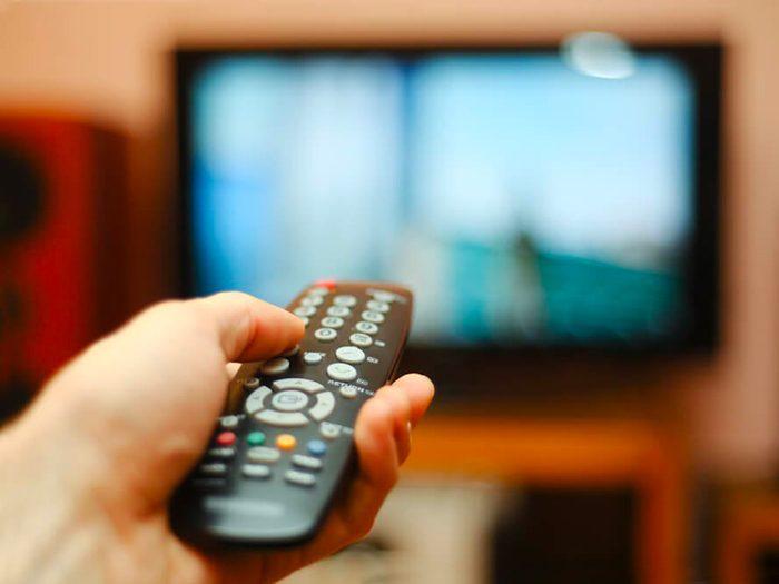 Économiser avec un abonnement au câble.