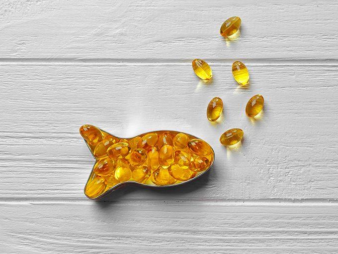 Des suppléments à base d'huile de poisson et d'oméga 3.