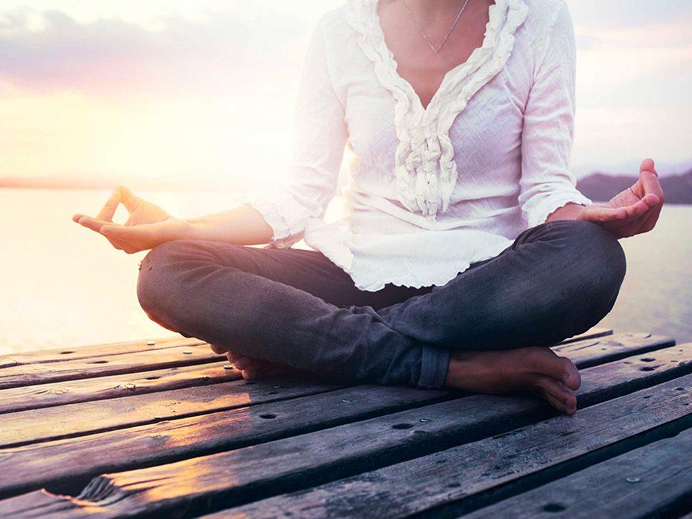 Faites un meilleur usage de la méditation pour vivre plus vieux.