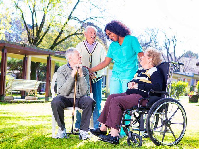 Vivre plus vieux: les avancées de la médecine anti-âge que vous devez connaître.