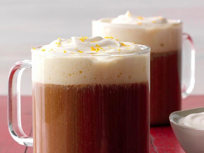 Le café instantané est l'un des aliments non périssables à toujours avoir dans son garde-manger.