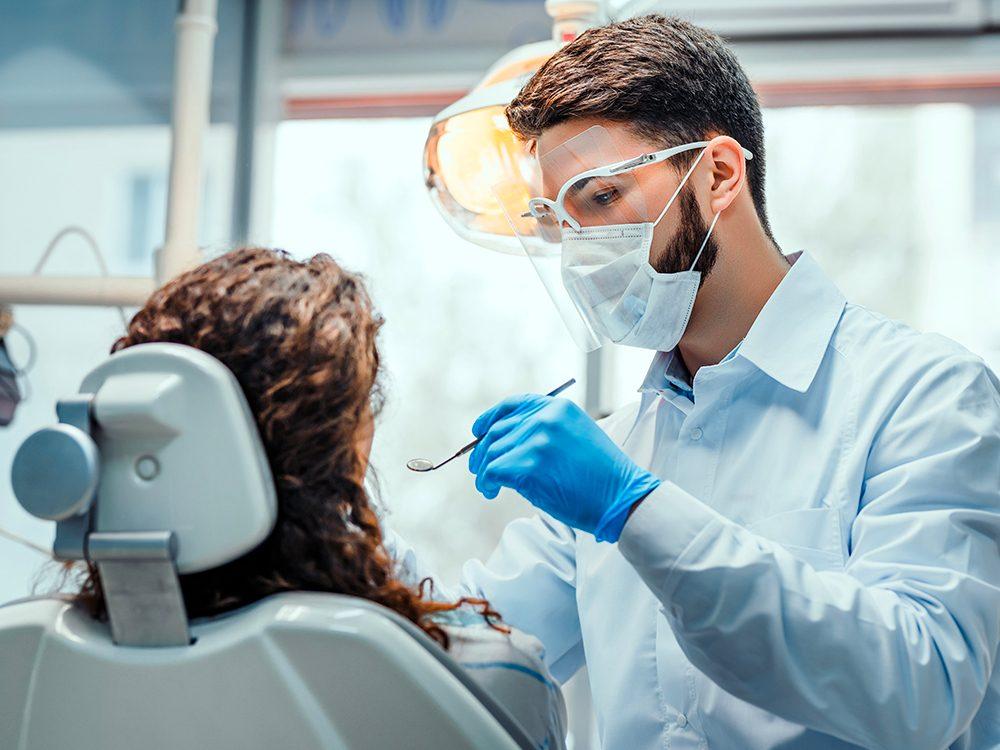 Aller chez le dentiste est l'une des choses du quotidien que nous ne tiendrons jamais plus pour acquises.