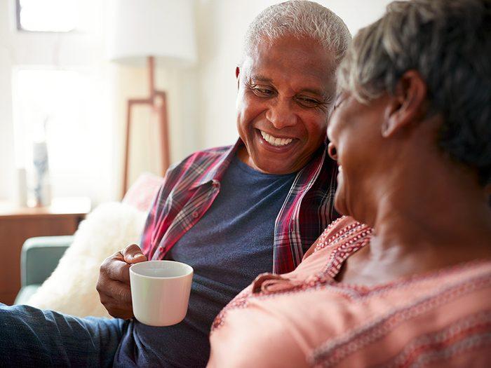 Si vous êtes confinés ensemble, le tout est de se concentrer sur le présent.