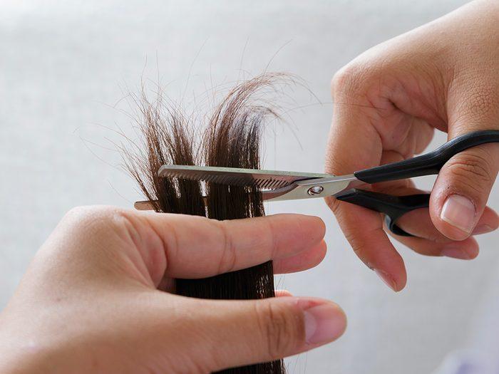 Se couper les cheveux: évitez tout changement brutal.