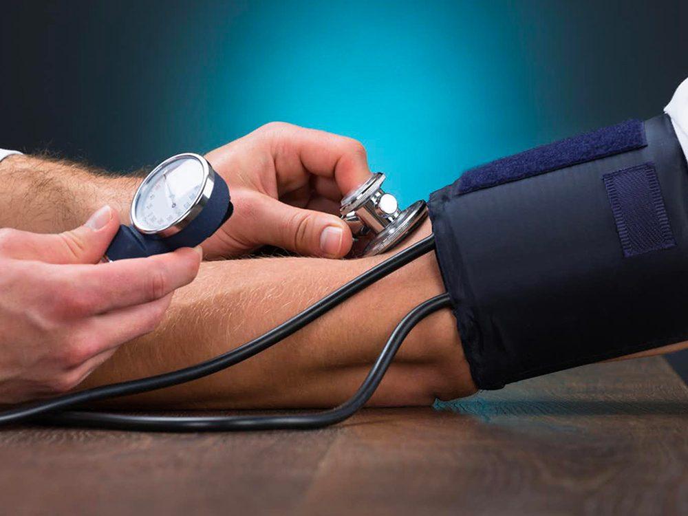 Le risque de mourir d'une infection à le Covid-19est presque deux fois plus élevé si l'on souffre de problèmes de santé sous-jacents.
