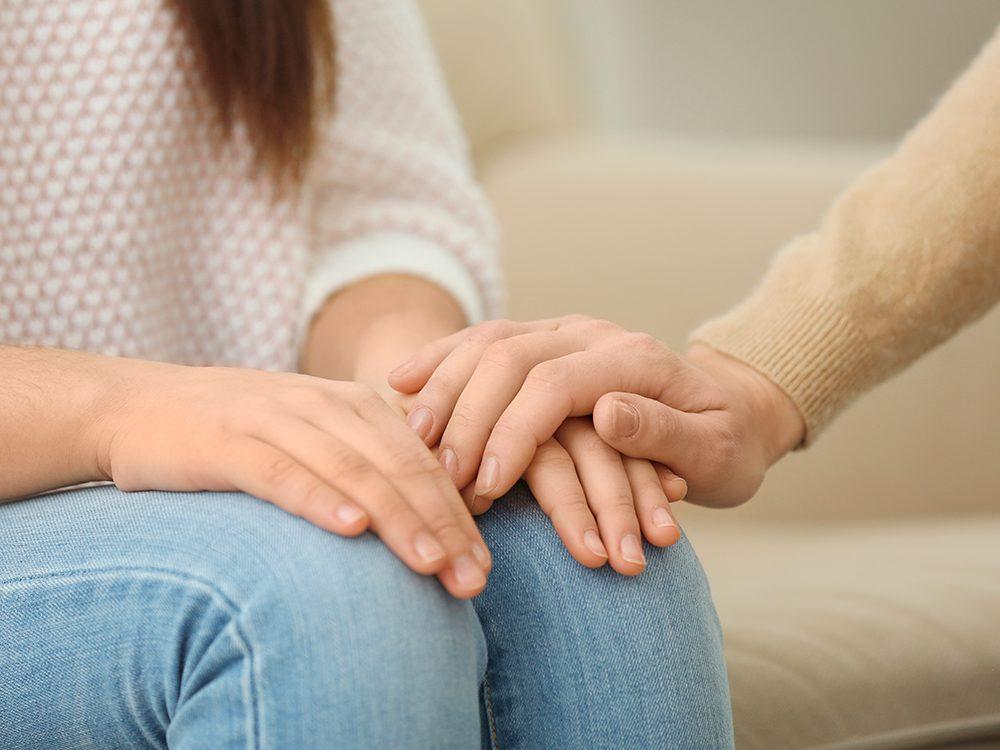 Soutenir un proche qui souffre de dépression, c'est être compatissant.