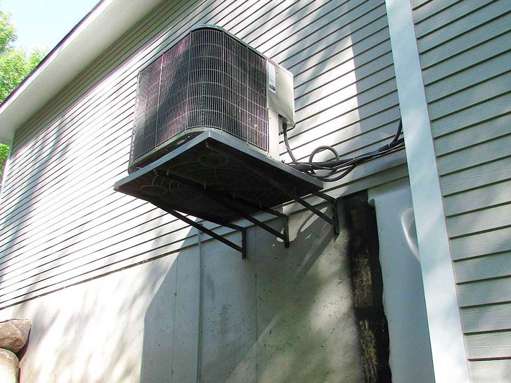 N'essayez pas cela à la maison: climatiseur de haut niveau.