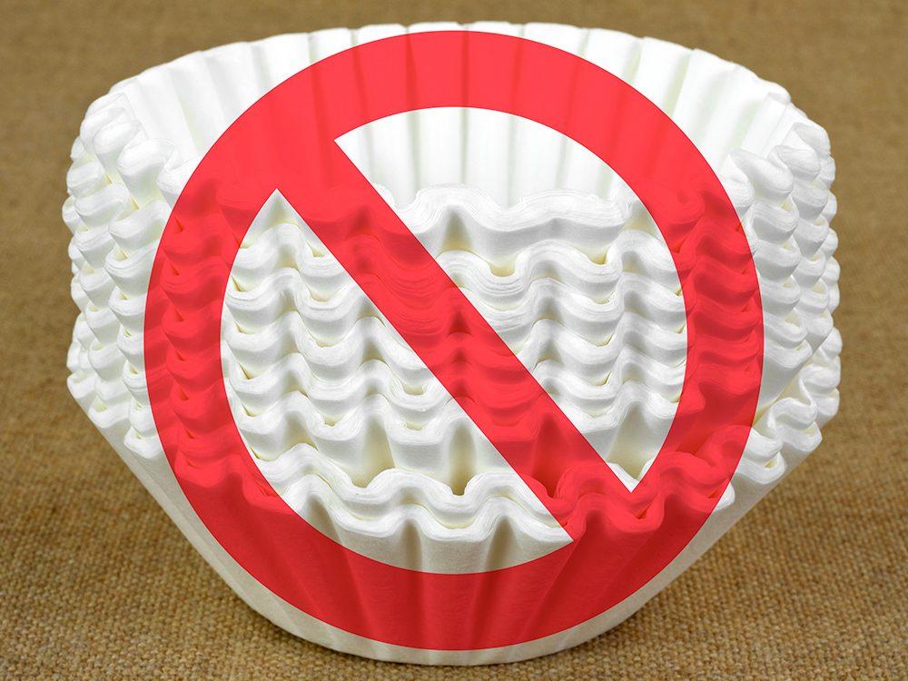 Alternative au papier de toilettes: les filtres à café.